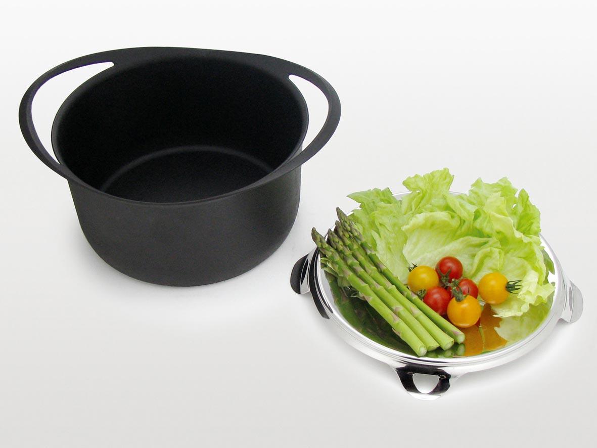 【KOMIN】鉄鋳物両手鍋24cm 約径24×高さ14.2cm・満水容量5.17L・重量約2.5kg