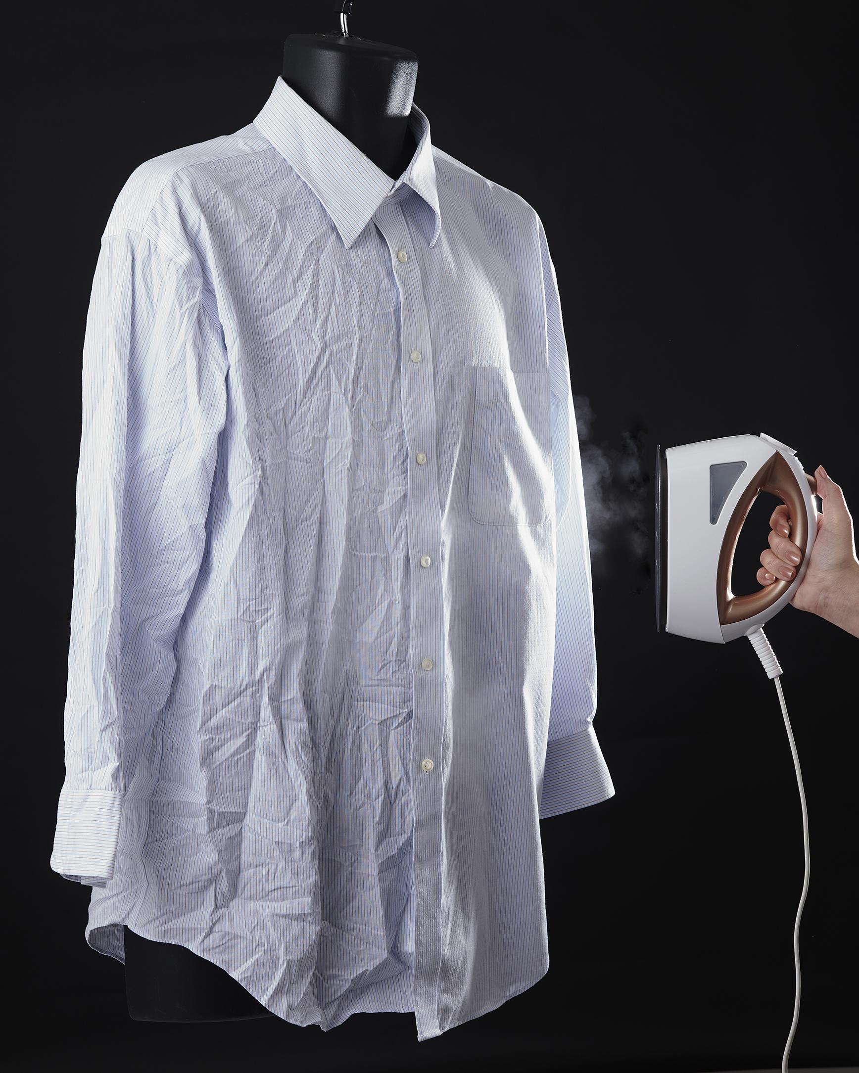 【高儀】衣類スチーマー(ホワイト) 約幅8×奥21×高さ14cm