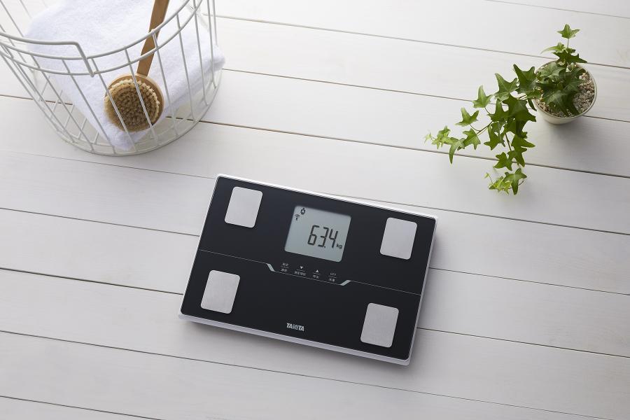【タニタ】体組成計 スマートフォン アプリ対応(メタリックブラック)