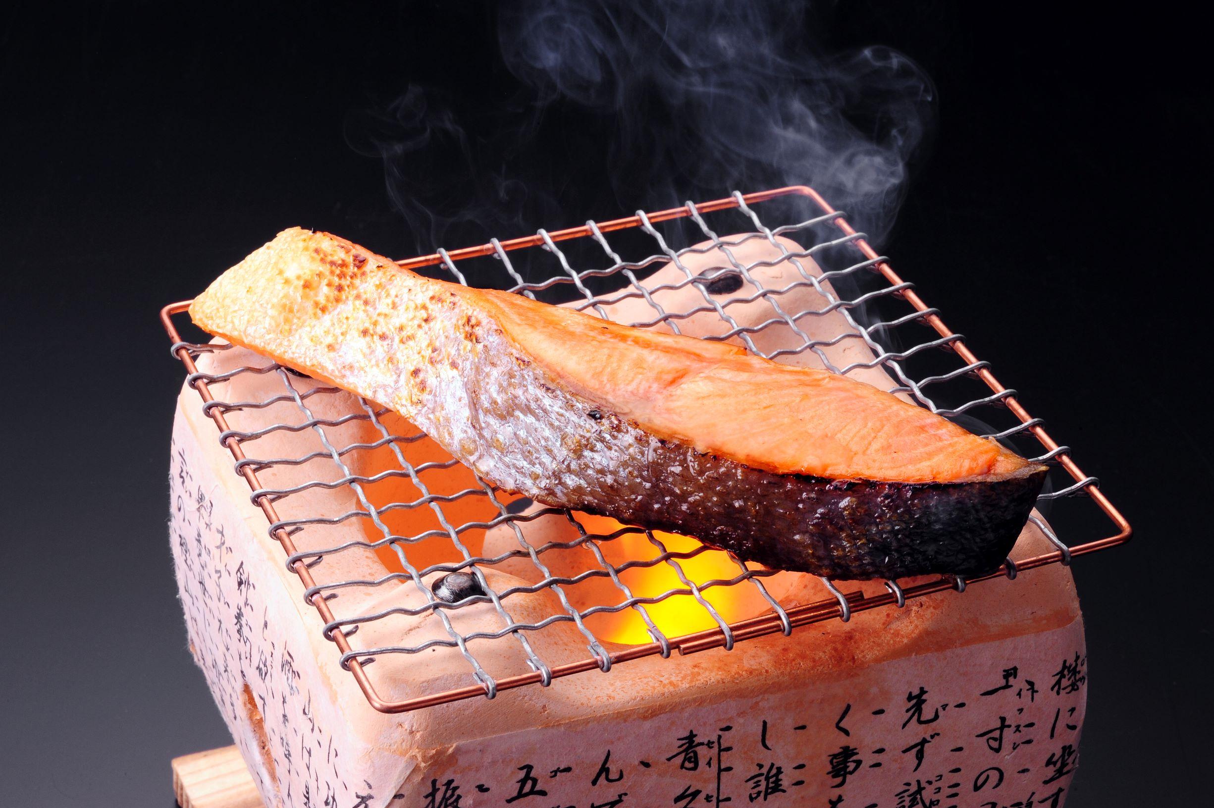 北海道産いくら醤油漬200g&北海道産鮭切身6切