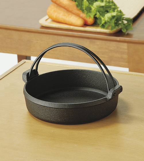 【池永鉄工】すき鍋21cm 約径21×高さ5.5cm・満水容量1.3L・重量約2.2kg