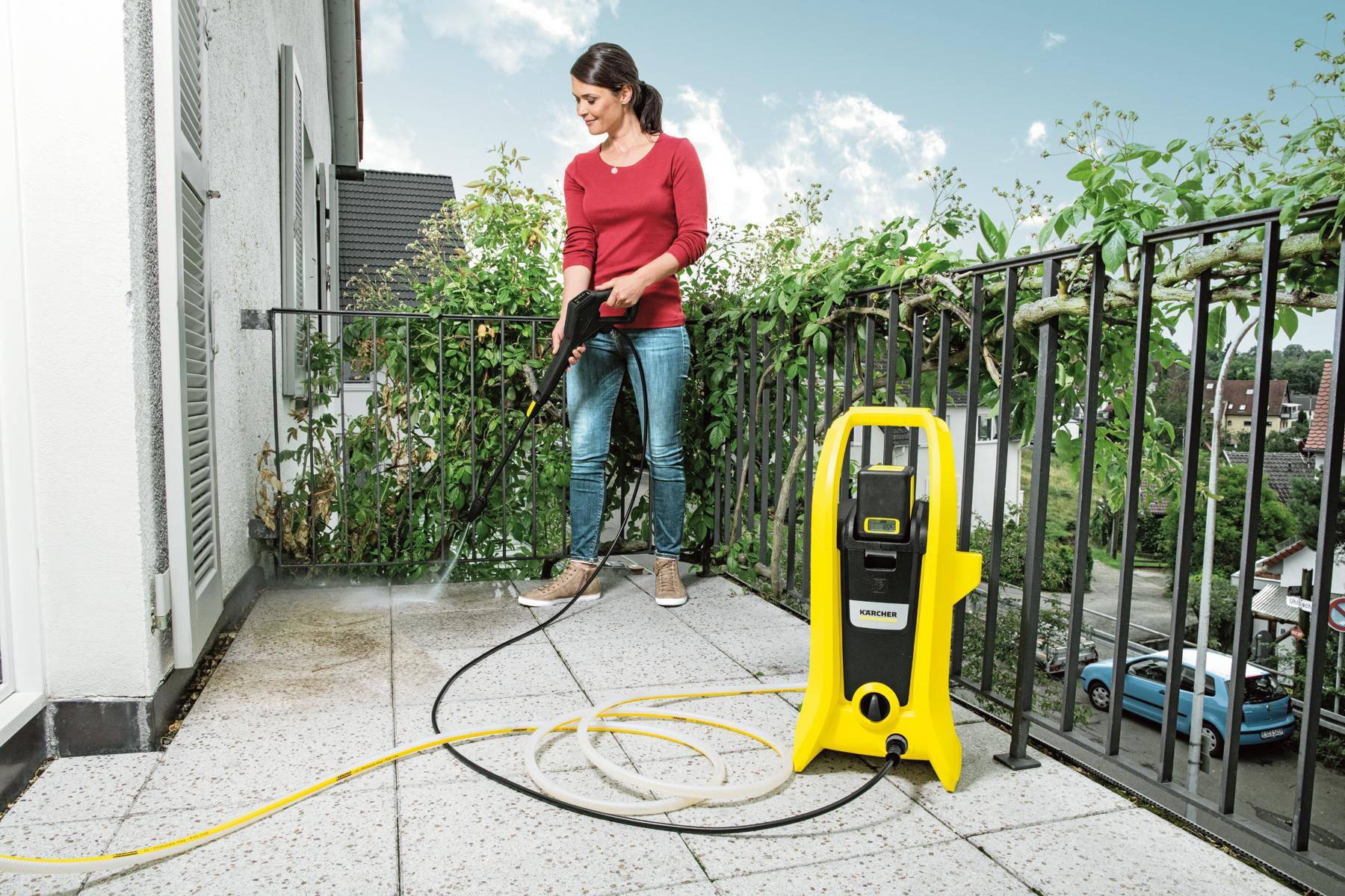 【ケルヒャージャパン】バッテリー式高圧洗浄機 K 2 バッテリーセット 長さ24.5×幅30.3×高さ62.9cm イエロー